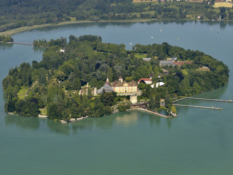 Die Insel Mainau im Bodensee - © peter knechtges/fotolia.com