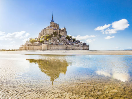Mont Saint-Michel - © bluejayphoto / 2016 Thinkstock.