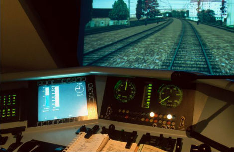bahn_simulation_cockpit.jpg