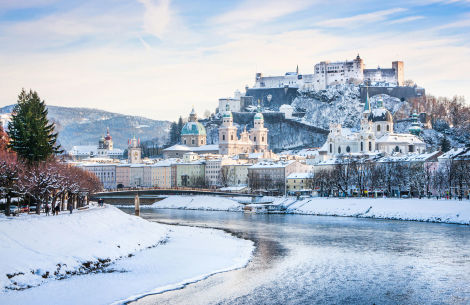 Salzburg im Winter - © bluejayphoto/gettyimages.com